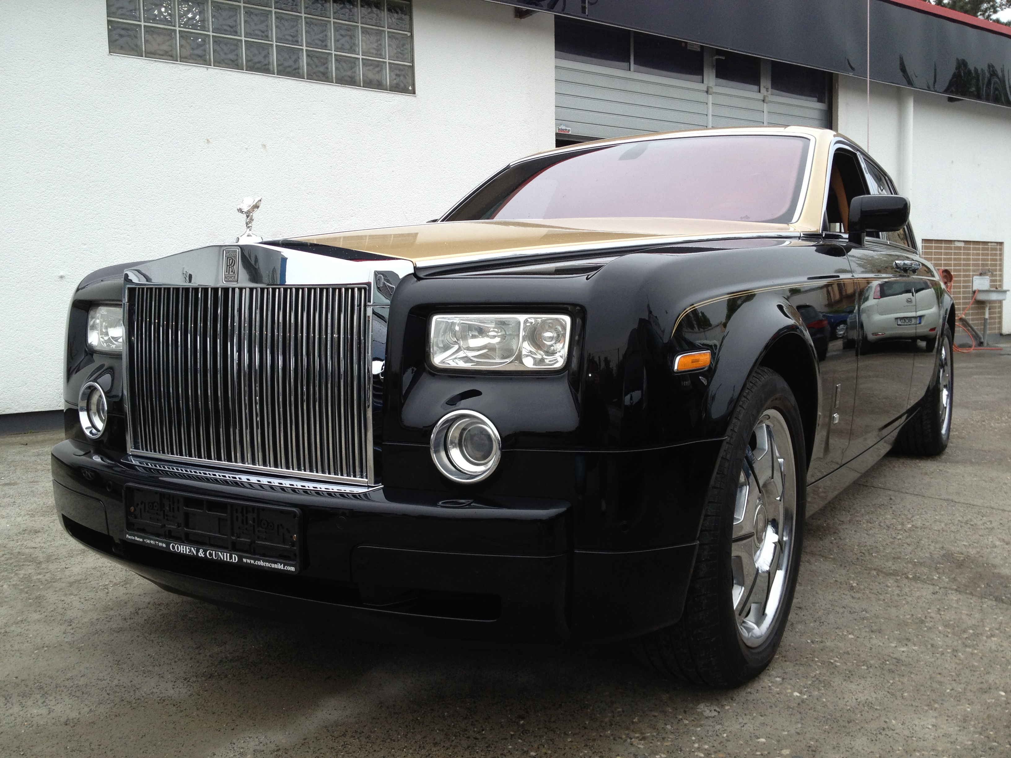 rolls royce phantom karosserie autolackiererei. Black Bedroom Furniture Sets. Home Design Ideas